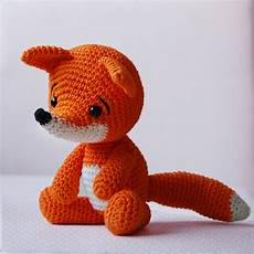 knit or crochet 35 of the cutest amigurumi foxes
