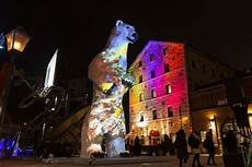 Distillery District Light Festival 2019 Hours Here S What You Need To Check Out At The Toronto Light