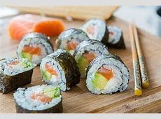How to Make Sushi at Home   Recette sushi, Cuisine, Recette