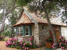 22 beautiful small house designs offering comfortable