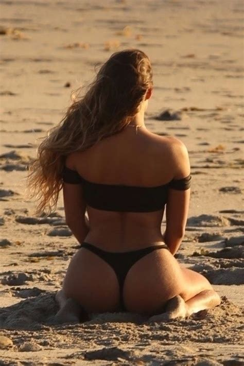 Alexandra Breckenridge Topless