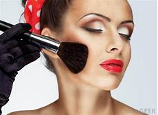 Theatrical Makeup Artist What Does A Theater Makeup Artist Do With Pictures
