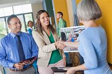 Questions To Ask At A Job Fair Best Questions To Ask At Job Fairs