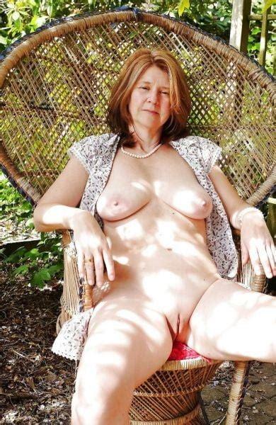 Mikaela Hoover Nackt