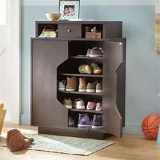 wade logan redland redline 20 pair shoe storage cabinet