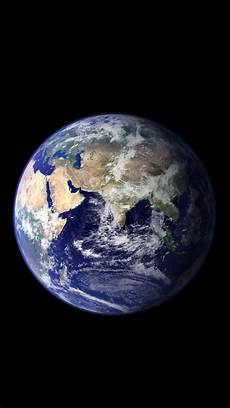 iphone x s earth wallpaper iphone 5 earth wallpaper for new larger retina display