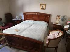 cerco da letto usata da letto classica usata in legno di ciliegio su