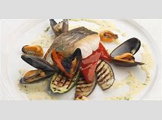 Hake Fillet Recipe With Mussels & Parsley Sauce   Great