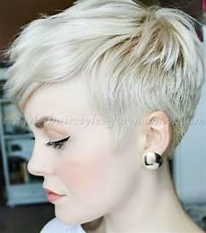 kurzhaarfrisuren 2018 aschblond pixie cut for hair pinteres