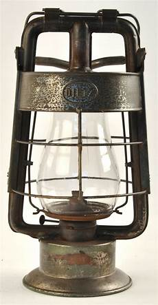 lot 687 dietz king dep t lantern manifest auctions