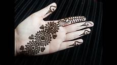 Pretty Henna Designs Arabic Henna Simple Pretty Quick Henna Design