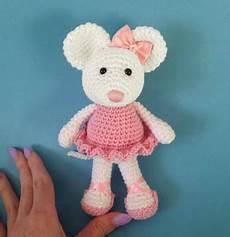 ballerina mouse free amigurumi pattern