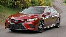 2020 toyota camry se hybrid 2019 toyota camry hybrid se performance 2019 2020 toyota
