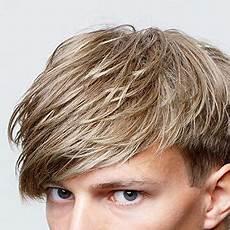 frisuren männer hohe stirn frisuren f 252 r hohe stirn bei m 228 nnern m 228 nner frisur metal