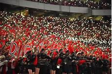 Light Up Sanford Stadium Notre Dame Provided Dawgs First Real Challenge And