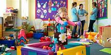 Day Care Ad Daycare Workers Reveal The Things Parents Do That They