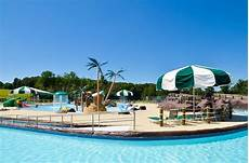 Signal Bay Water Park Signal Bay Waterpark At Signal Hill Virginia Is For Lovers