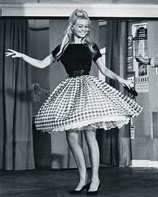 50s fashion trends the most iconic looks of the fifties