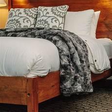 chanasya faux fur bed throw blanket soft fuzzy