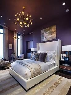 idee per tinteggiare da letto purple themed master bedroom paint color ideas home