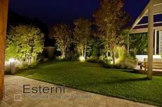 illuminazione giardino illuminazione esterno giardino illuminazione opere d arte