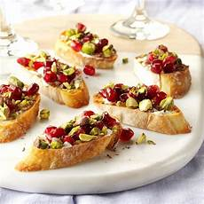 pomegranate pistachio crostini recipe taste of home