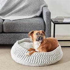 bernat crochet pet bed small yarnspirations