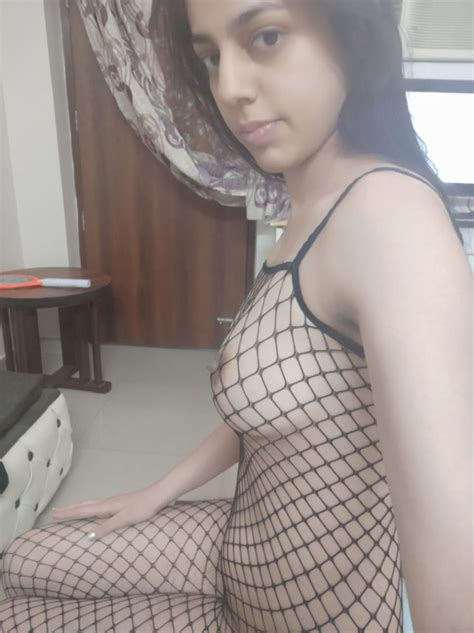 Vanessa Hudens Nude