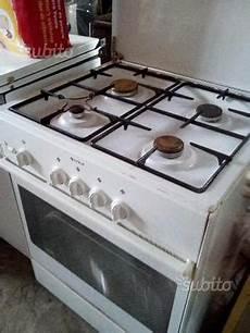 cucina a gas indesit cucina a gas indesit k6gsx 4 fuochi roma posot class
