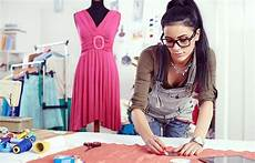 Become A Designer How To Become A Fashion Designer A Beginner S Guide