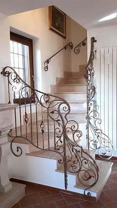 ringhiera in ferro battuto per scale interne balaustre interne in ferro scale in ferro battuto
