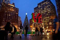 Park In Philly With Lights Top Places To View Holiday Lights In Philadelphia Visit