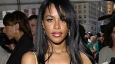 At40 Chart Store Mac Cosmetics Announces Aaliyah Collection For Summer 2018