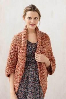 crochet shrug the crafty novice diy comfy crochet shrug