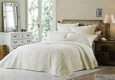 luxury king size quilted embroidered bedspread