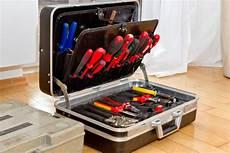 Elektriker Werkzeug Satzzuhause by Elektroinstallation Installationsmaterial