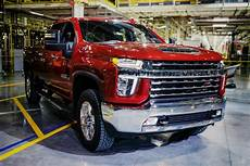 2020 chevy 2500hd chevrolet highlights features of new silverado hd lineup