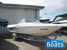 Bowrider Sea Ray 180 Bowrider Review