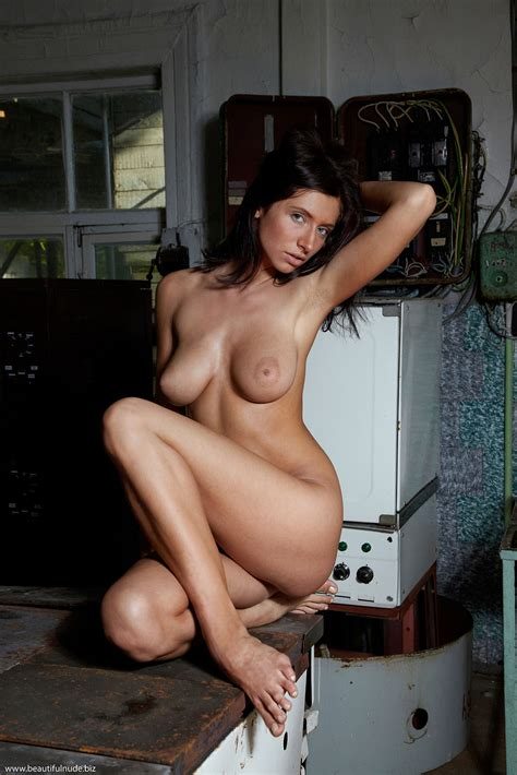 Friends Naked Photos