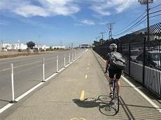 Cycle Track Design Protected Bike Lanes I E Cycle Tracks Coming To El
