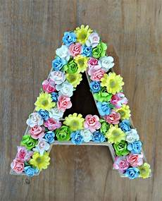 letras con flores celebra con compartiendo experiencias creativas