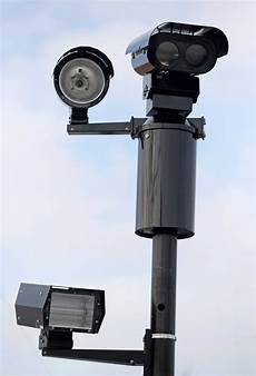 Houston Red Light Cameras Back On Red Light Cameras Have Mixed Results Houston Chronicle