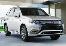 mitsubishi electric car 2020 the 2020 mitsubishi outlander phev gets upgrades