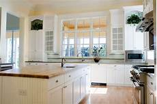 White Kitchen Cabinets Light Floor 32 Spectacular White Kitchens With Honey And Light Wood