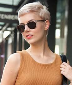 kurzhaarfrisuren damen und brille hairstyles for