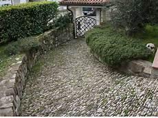 pavimentazione cortili pavimentazione giardino imola bologna realizzazione