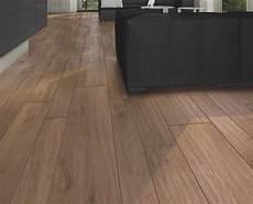 tavolato legno pavimento gres effetto legno tavolato marrone chiaro