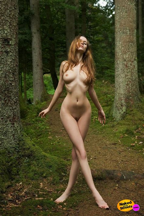 Nude Hot Blonde Babes