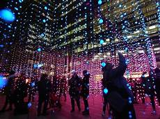 Distillery District Light Festival 2019 Hours Dazzling Photos Of Canary Wharf Winter Lights 2019 Londonist
