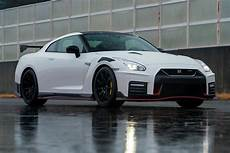 2020 nissan gtr nismo hybrid 2020 nissan gt r nismo review trims specs and price